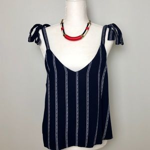 Shoulder tie tank top
